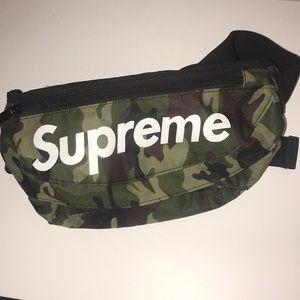 Supreme Camo fanny pack